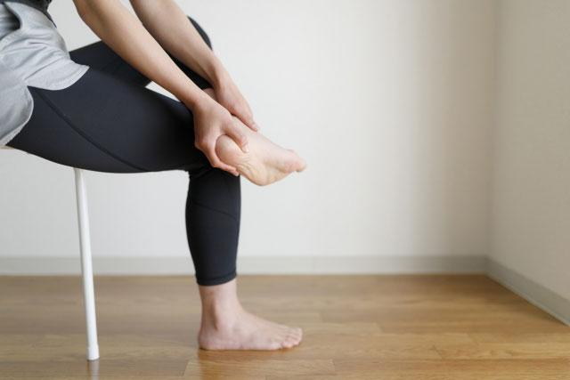 原因不明の不妊症足首捻挫が原因のケース