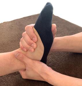 足関節の調整