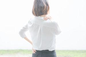 肩こり 若い女性